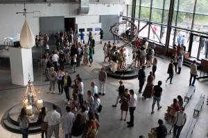 """ITAR-TASS: MOSCOW, RUSSIA. JULY 18, 2012. The Lexus Hybrid Art-2012 exhibition in ARTPLAY Design Centre. (Photo ITAR-TASS/ Alexandra Krasnova) Ðîññèÿ. Ìîñêâà. 18 èþëÿ. Ïîñåòèòåëè íà âûñòàâêå ãèáðèäíîãî èñêóññòâà """"Lexus Hybrid Art-2012"""" â Öåíòðå äèçàéíà Artplay. Ôîòî ÈÒÀÐ-ÒÀÑÑ/ Àëåêñàíäðà Êðàñíîâà"""