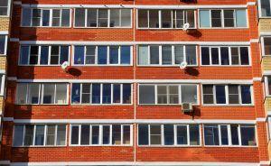 Работы по капитальному ремонту домов в районе временно приостановили. Фото: Анна Быкова
