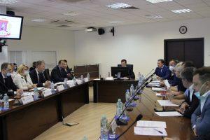 Префект Центрального округа Владимир Говердовский провел межведомственное совещание. Фото предоставлено пресс-службой Префектуры ЦАО