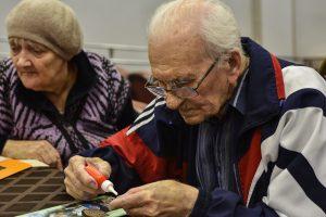 С 5 по 9 октября «ЕР» проводит неделю приемов пожилых граждан по социально-правовым вопросам. Фото: Пелагия Замятина, «Вечерняя Москва»