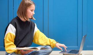 Дистанционное обучение помогло 5 тыс школьникам избежать COVID-19. Фото: сайт мэра Москвы