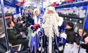 Пассажиры метро и МЦК смогут проехать бесплатно в новогоднюю ночь. Фото: сайт мэра Москвы