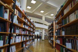 Запись интервью с писателем опубликуют в соцсетях библиотеки №17. Фото: Анна Быкова