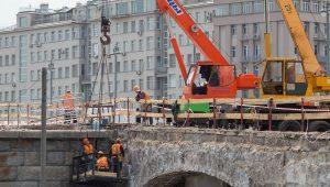 Реконструкция Большого каменного моста завершится в этом году. Фото: сайт мэра Москвы